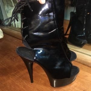 Sexy patent pleaser dancer boots. size 6.5